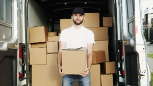 Picture of a professional moving crew member. Moving from Hong Kong to Guangzhou is easier when you have reliable assistance